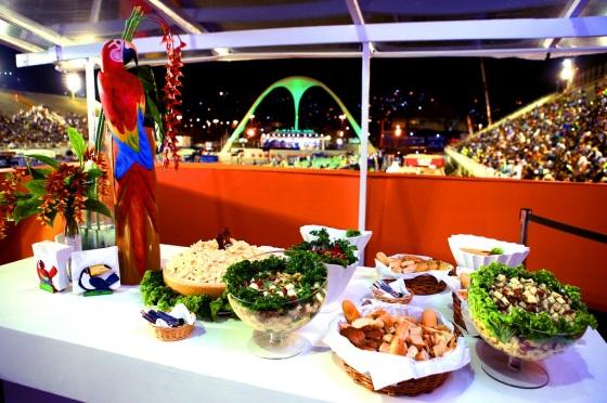 carnaval-rio-de-janeiro-2016-camarote-lounge-folia-tropical-buffet